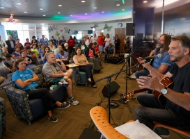 Kenny Loggins visits Denver Health Patients